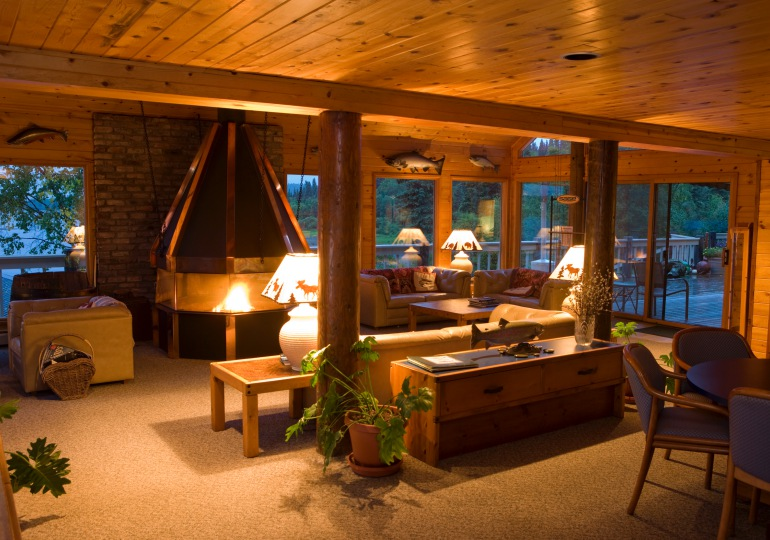 Alaska Luxury Fly-Out Fishing Lodge