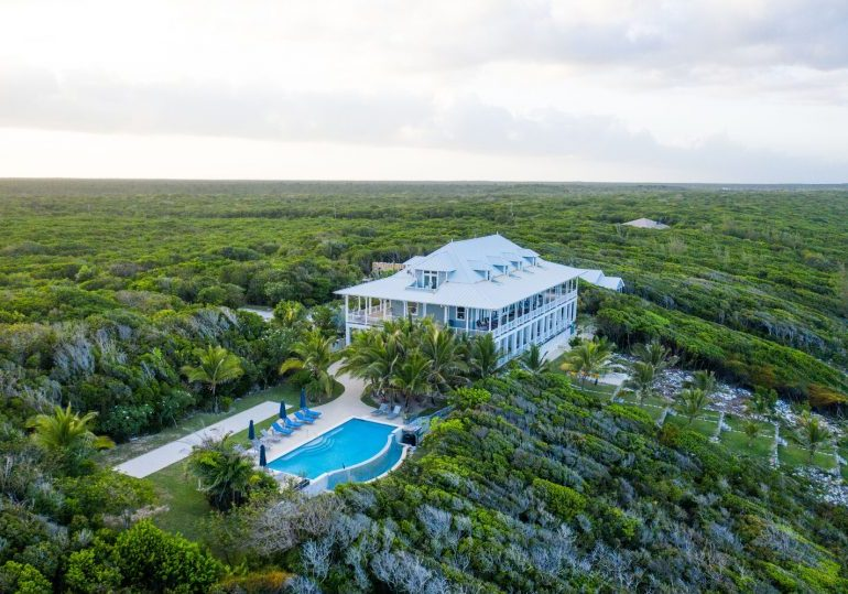 Bahamas Luxury Fishing Lodge – Abaco