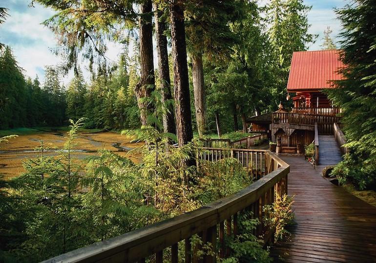 Alaska Family Fishing and Adventure Lodge